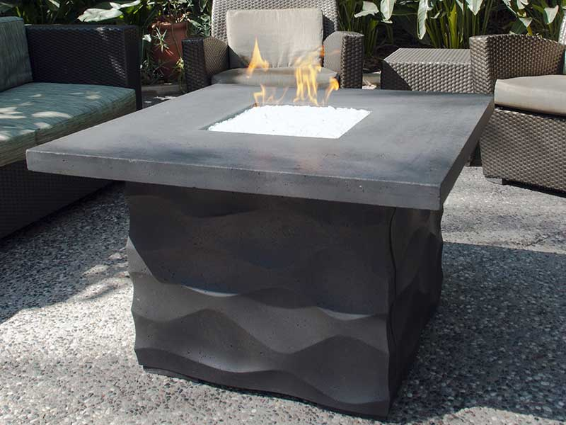 voro fire table